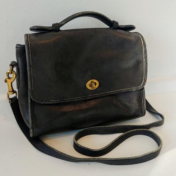 Coach Handbags - Vintage Coach Court Bag